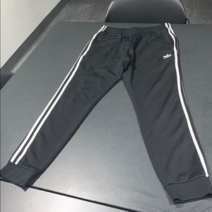 Adidas superstar track cuffed pants
